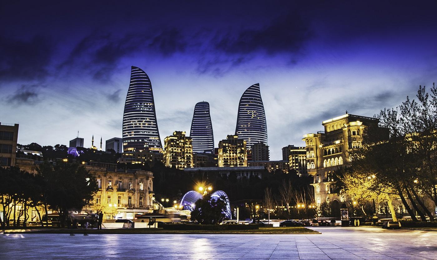 باكو عاصمة أذربيجان