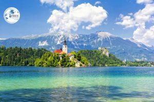 بحيرة بليد في سلوفينيا مغامرة لا تنسى