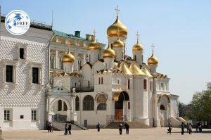 كنائس القبة الذهبية الجميلة